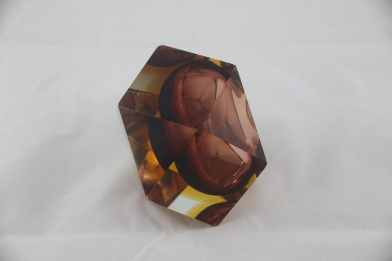 Mid-Century Modern Italian Brown Yellow and Clear Murano Glass Ashtray, 1960s For Sale 2