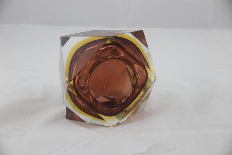 Mid-Century Modern Italian Brown Yellow and Clear Murano Glass Ashtray, 1960s For Sale 3