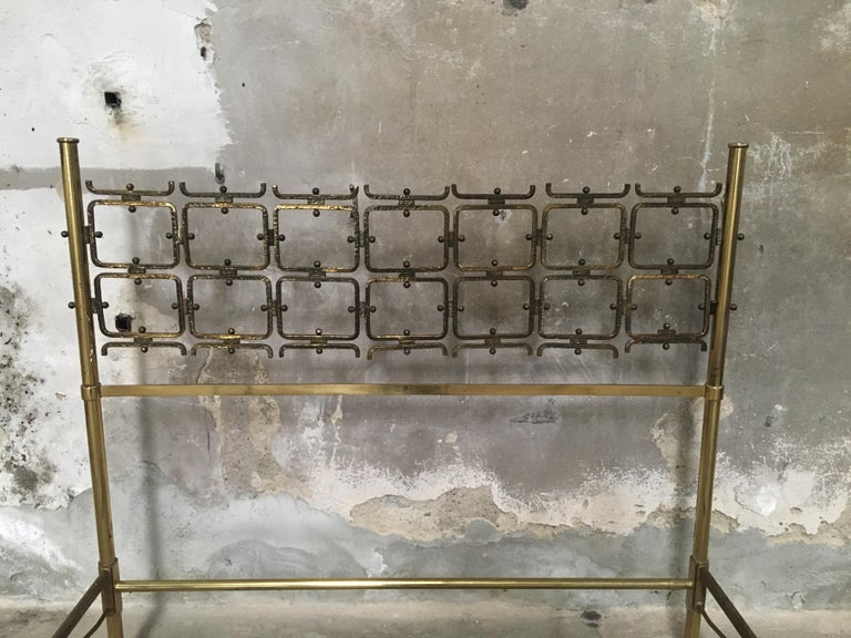 Mid-Century Modern Italian Burnished Brass Double Bed by Pomodoro and Borsani For Sale 3