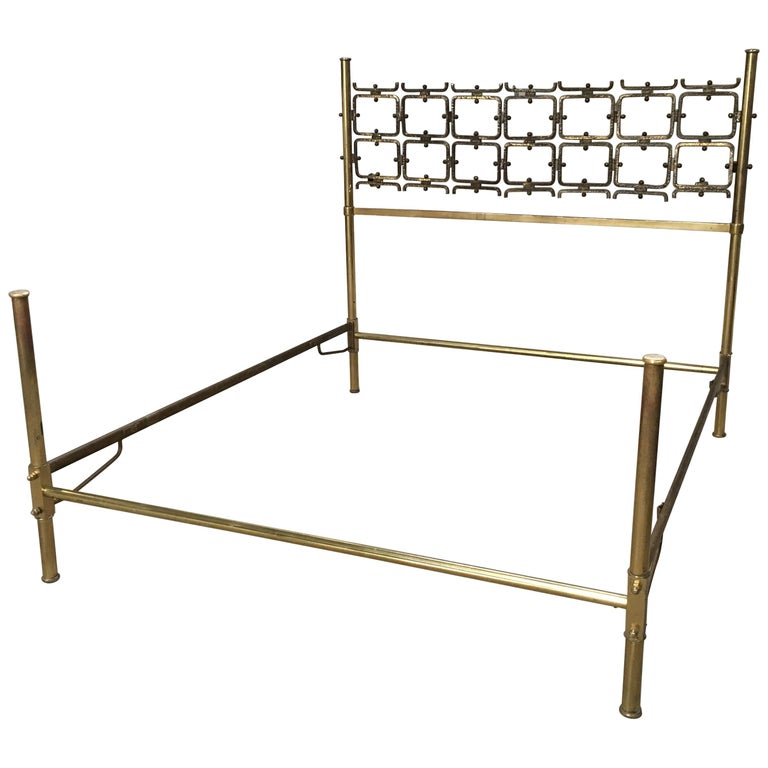 Mid-Century Modern Italian Burnished Brass Double Bed by Pomodoro and Borsani For Sale