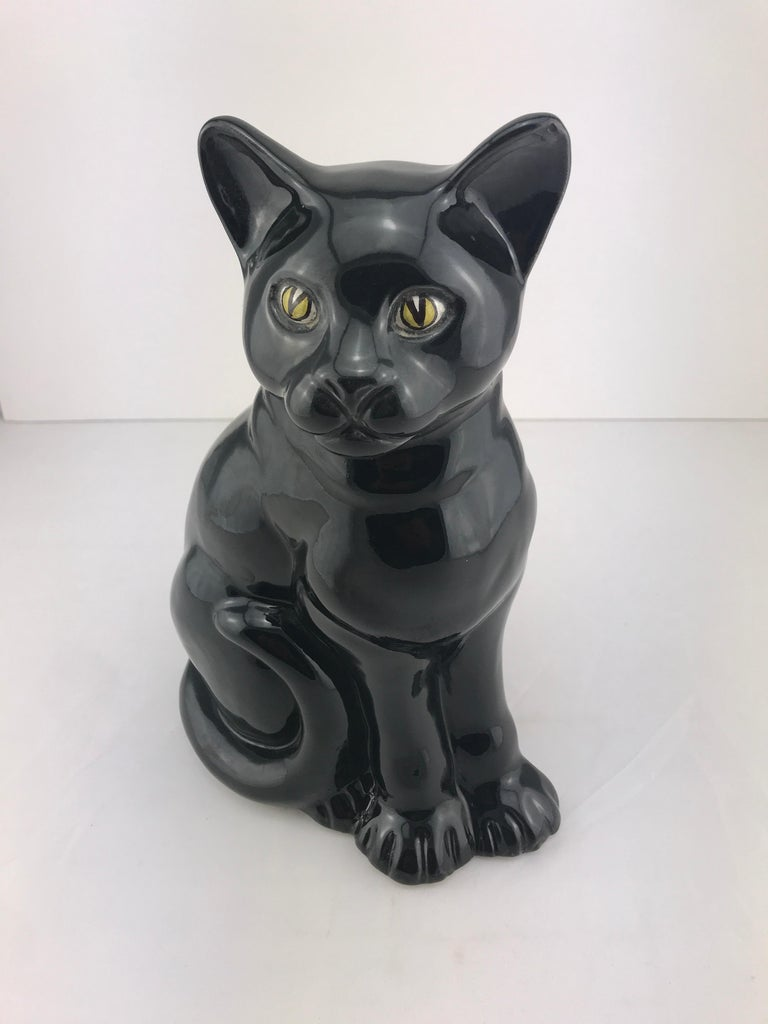 Mid-Century Modern Italian Ceramic Decorative Black Cat, 1960s For Sale 1