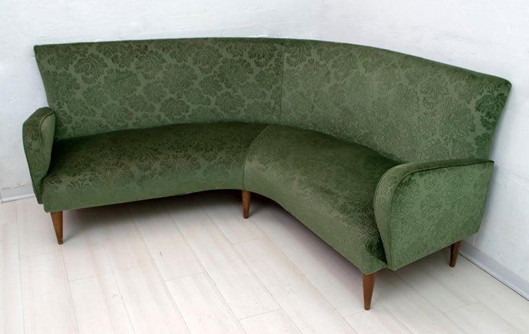 Mid-Century Modern Italian Damask Velvet Corner Sofa, 1950s For Sale 1
