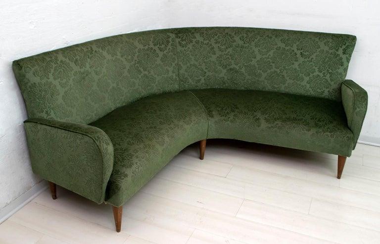 Mid-Century Modern Italian Damask Velvet Corner Sofa, 1950s For Sale 2
