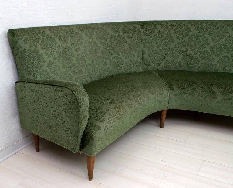 Mid-Century Modern Italian Damask Velvet Corner Sofa, 1950s For Sale 3