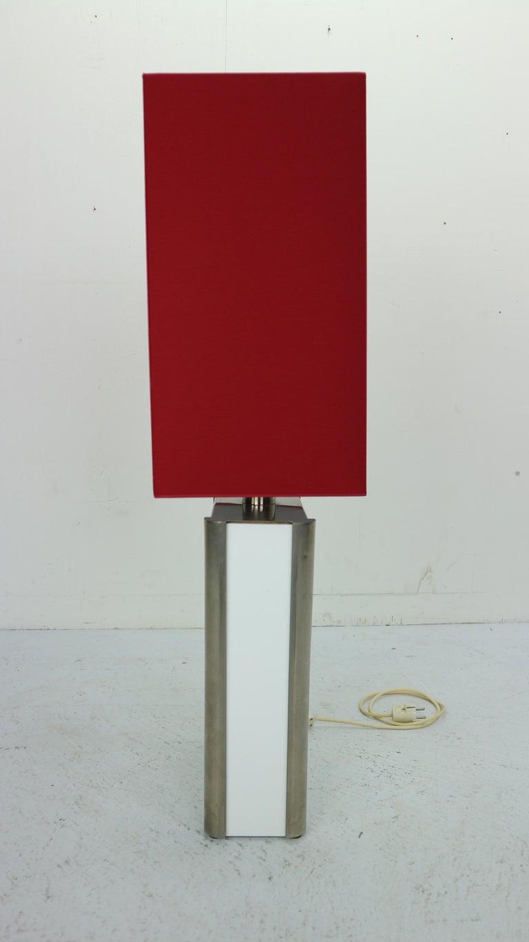 Mid-Century Modern Italian Design Floor Lamp, 1970s For Sale 5