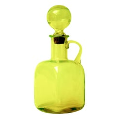 Mid-Century Modern Italian Empoli Carafe in Vaseline Uranium Glass Yellow Green