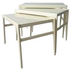 Mid-Century Modern Italian Ico Parisi for Singer & Son Lacquer Stacking Tables