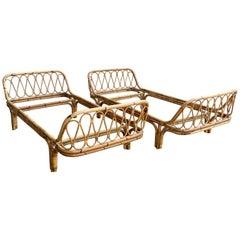 Mid-Century Modern Italian Pair of Bamboo and Wicker Sofa Beds, 1960s