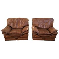 Mid-Century Modern Italian Pair of Natural Leather Armchairs, 1970s