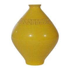 Mid-Century Modern Italian Pottery Vase by Aldo Londi for Bitossi in Yellow
