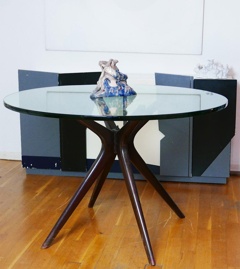 Mid-Century Modern Italian Round Wood Table with Thick Glass Top, Milano, 1950s For Sale 1