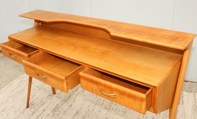 Brass Mid-Century Modern Italian Sculptural Two-Tier Console For Sale