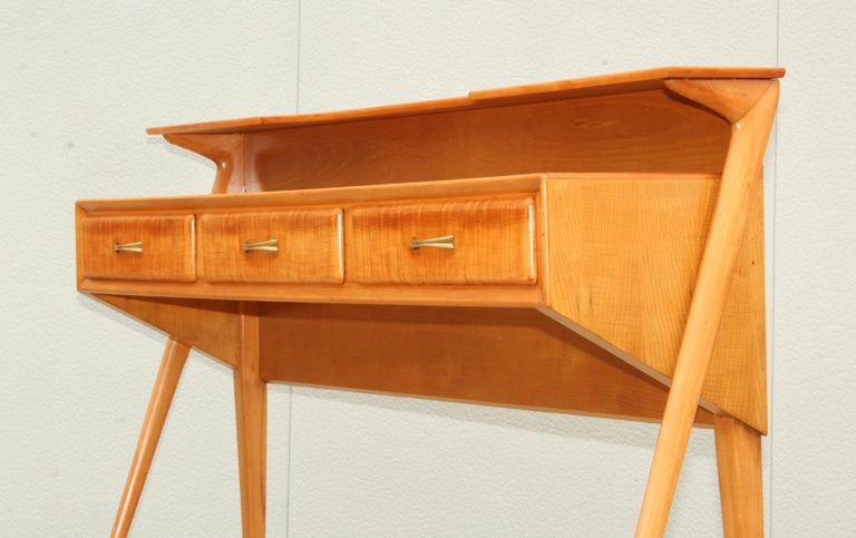 Mid-Century Modern Italian Sculptural Two-Tier Console For Sale 2
