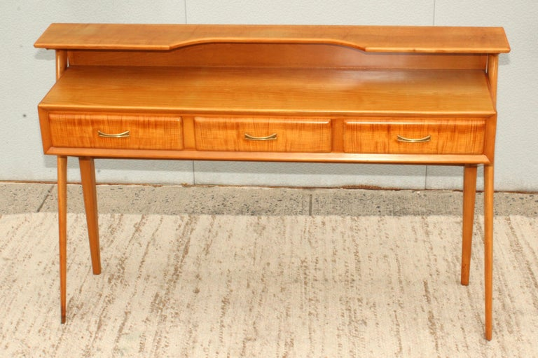 Mid-Century Modern Italian Sculptural Two-Tier Console For Sale 4