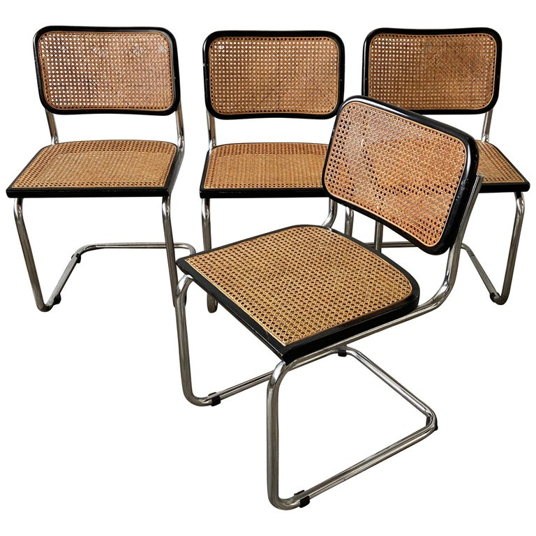 """Mid-Century Modern Italian Set of 4 """"Cesca"""" Chairs by Marcel Breuer, 1970s For Sale"""
