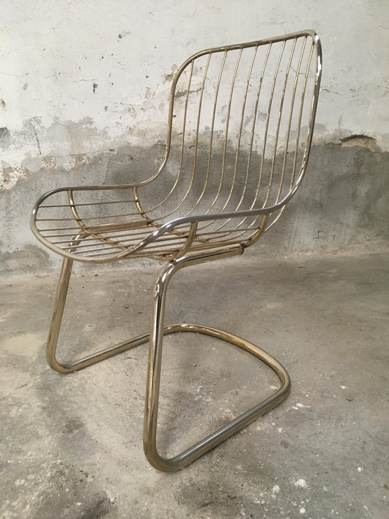 Late 20th Century Mid-Century Modern Italian Set of 4 Gilt Metal Chairs, 1970s For Sale