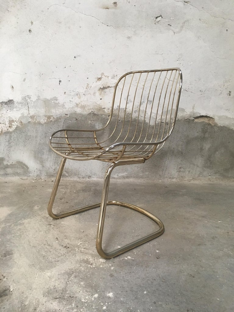 Mid-Century Modern Italian Set of 4 Gilt Metal Chairs, 1970s For Sale 4