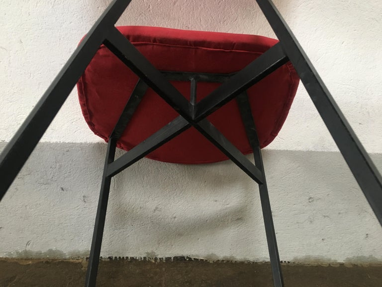 Mid-Century Modern Italian Set of 4 Upholstered Chairs with Black Iron Structure For Sale 8