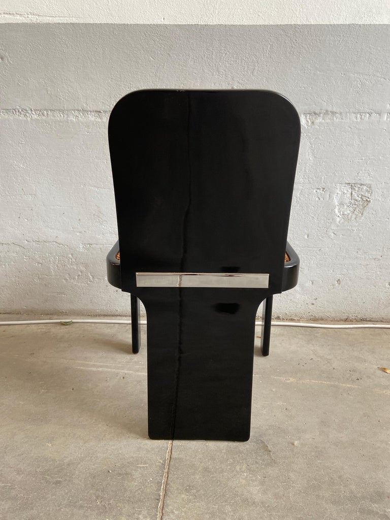 Mid-Century Modern Italian Set of 6 Black Wooden Chairs by Pozzi, 1970s For Sale 5