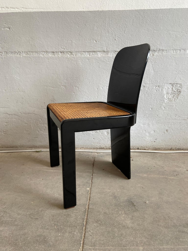 Mid-Century Modern Italian Set of 6 Black Wooden Chairs by Pozzi, 1970s For Sale 3