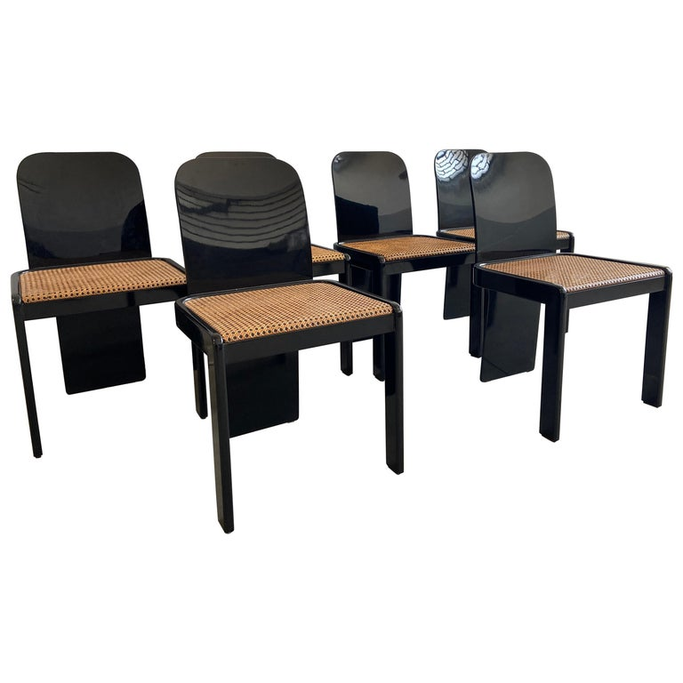 Mid-Century Modern Italian Set of 6 Black Wooden Chairs by Pozzi, 1970s For Sale