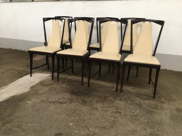 Mid-20th Century Mid-Century Modern Italian Set of 8 Mahogany Chairs by Osvaldo Borsani, 1950s For Sale