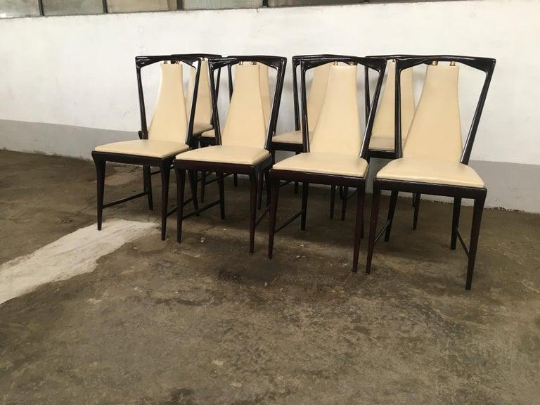 Faux Leather Mid-Century Modern Italian Set of 8 Mahogany Chairs by Osvaldo Borsani, 1950s For Sale