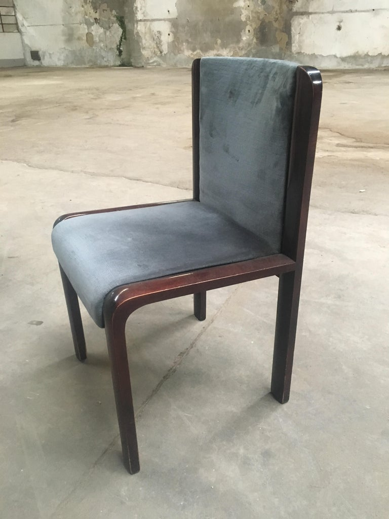 Mid-Century Modern Italian Set of Four Dining Chairs in the Style of Joe Colombo For Sale 2