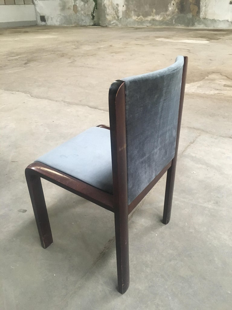 Mid-Century Modern Italian Set of Four Dining Chairs in the Style of Joe Colombo For Sale 3