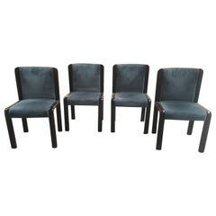Mid-Century Modern Italian Set of Four Dining Chairs in the Style of Joe Colombo