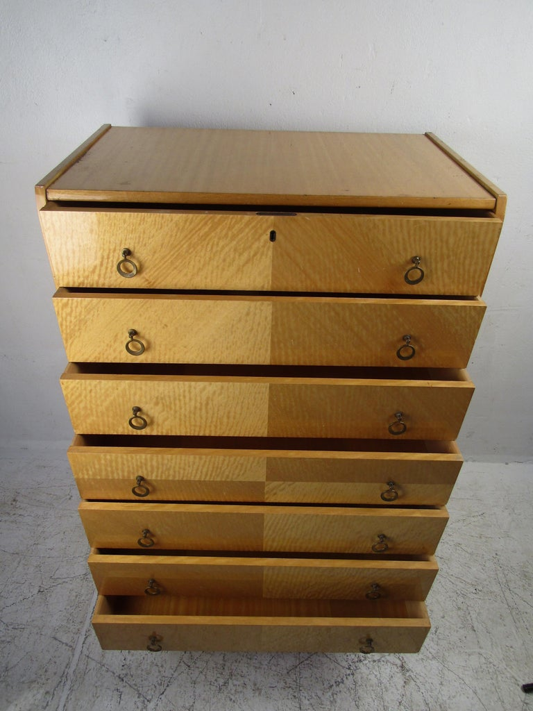 Mid-Century Modern Italian Seven Drawer Highboy Dresser In Good Condition For Sale In Brooklyn, NY