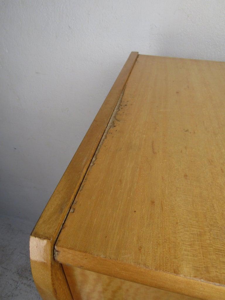 Mid-Century Modern Italian Seven Drawer Highboy Dresser For Sale 1