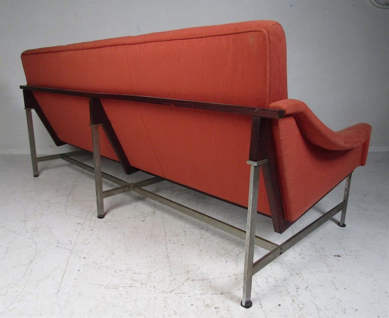 Mid-20th Century Mid-Century Modern Italian Sofa by Techmo For Sale