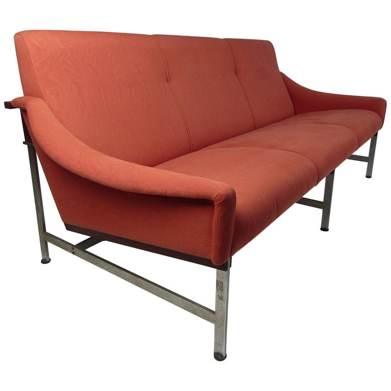 Mid-Century Modern Italian Sofa by Techmo For Sale