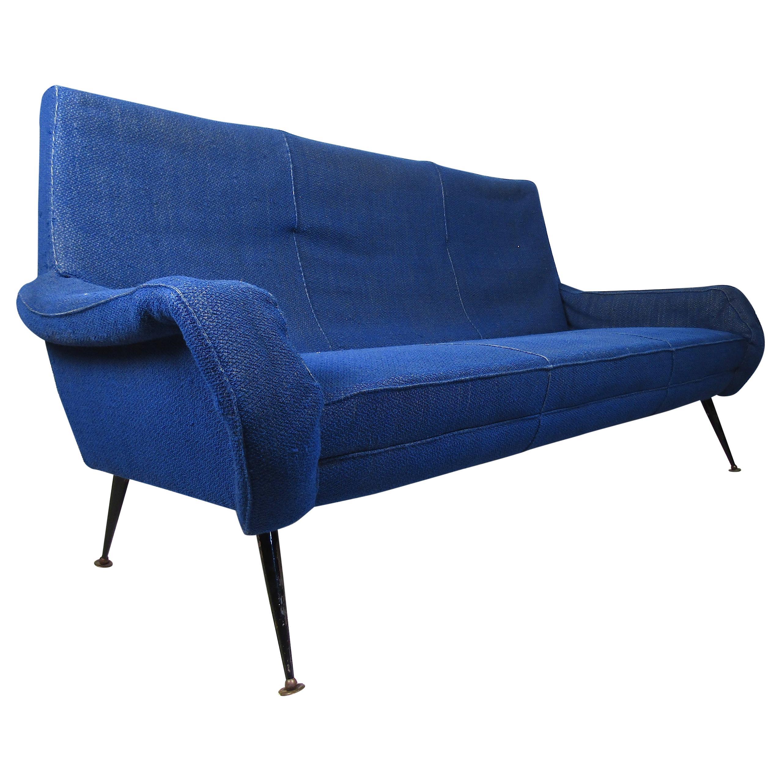 Mid-Century Modern Italian Sofa in the Style of Marco Zanuso