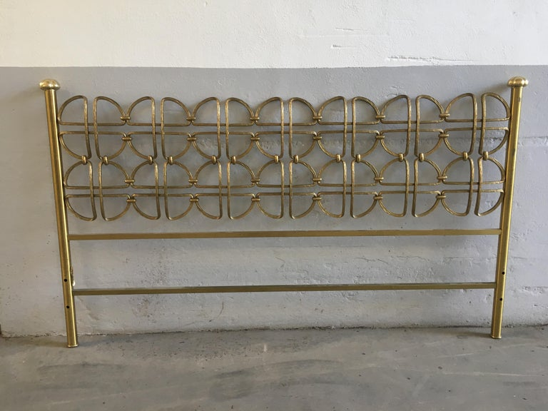 Late 20th Century Mid-Century Modern Italian Solid Brass Queen Size Bed, 1970s