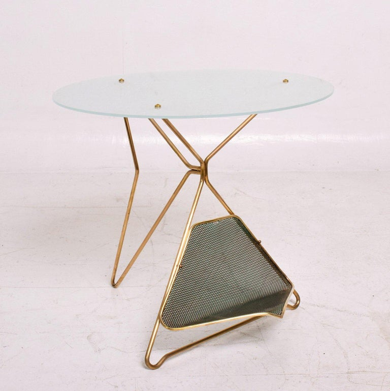 Mid-20th Century Mid-Century Modern Italian Table with Magazine Holder For Sale