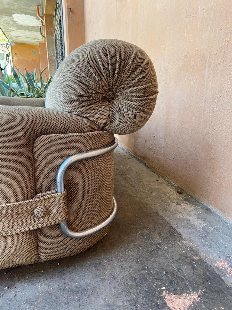Mid-Century Modern Italian Velvet Sofa with Chrome Structure, 1970s For Sale 1