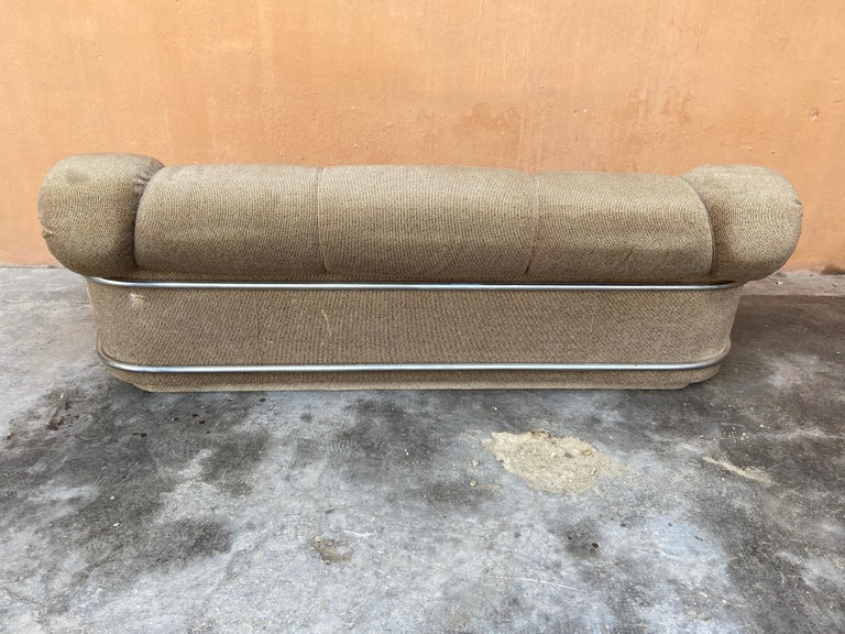 Mid-Century Modern Italian Velvet Sofa with Chrome Structure, 1970s For Sale 2