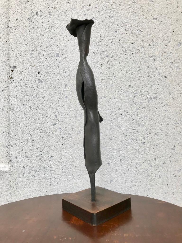 Mid-Century Modern Italian Wrought Iron Sculpture of a Nun For Sale 3