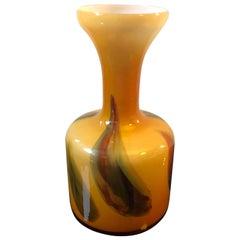 Moderne italienische gelbe Opaline Vase, Mitte des Jahrhunderts, 1970