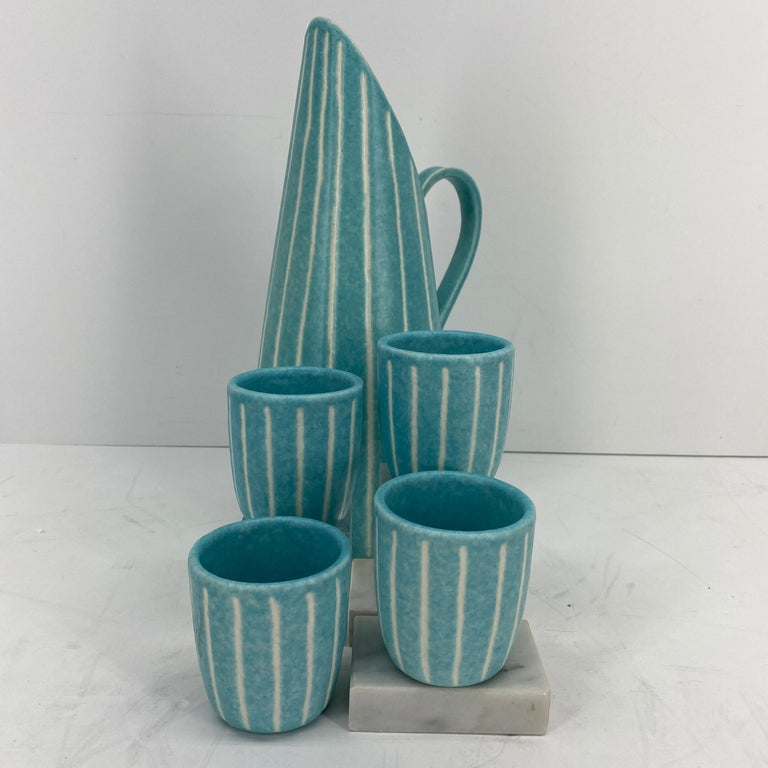 American Mid-Century Modern Jaru of California Pitcher and Beaker/Cup Set For Sale