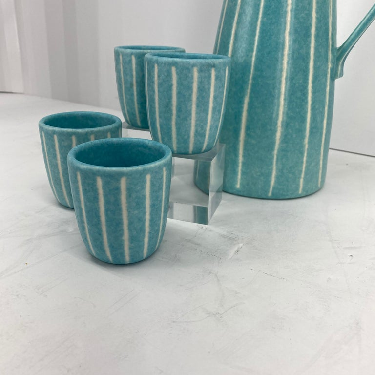 20th Century Mid-Century Modern Jaru of California Pitcher and Beaker/Cup Set For Sale