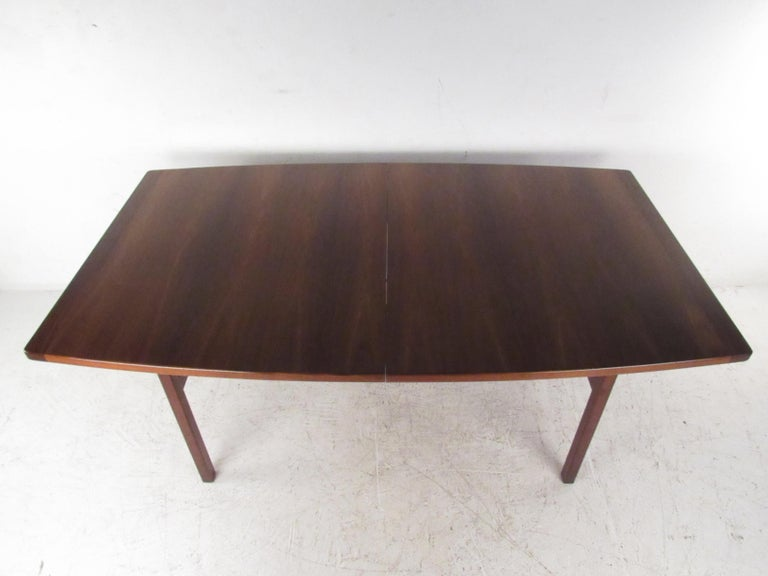 Late 20th Century Mid-Century Modern Jens Risom Dining Table For Sale