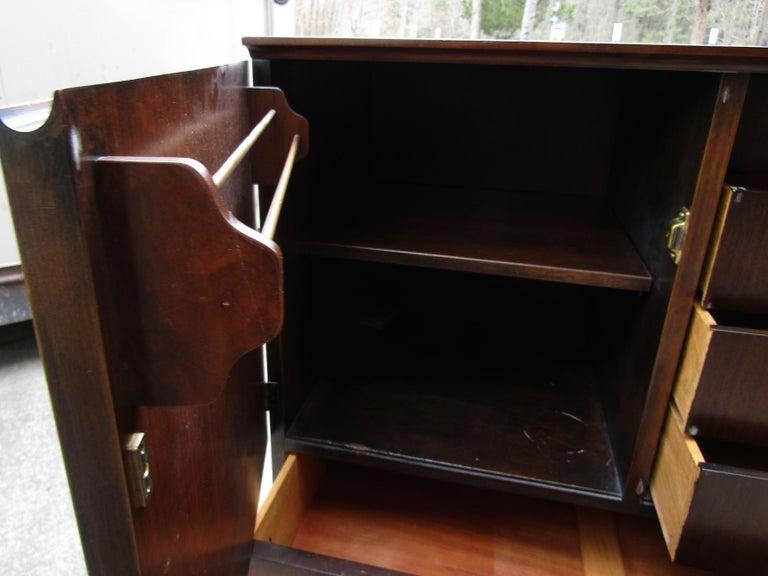 Mid-Century Modern John Stuart Cabinet For Sale 6