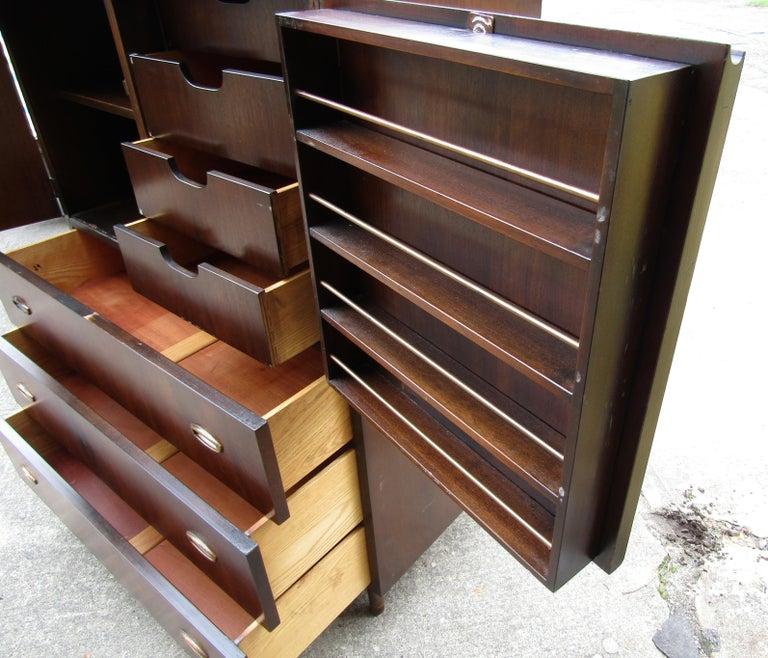 Mid-Century Modern John Stuart Cabinet For Sale 3
