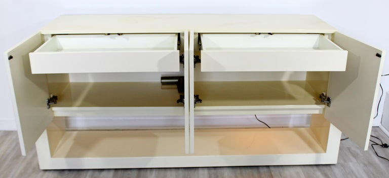 Mid-Century Modern Karl Springer Style Lucite & Lacquer Sideboard Credenza 1970s For Sale 1