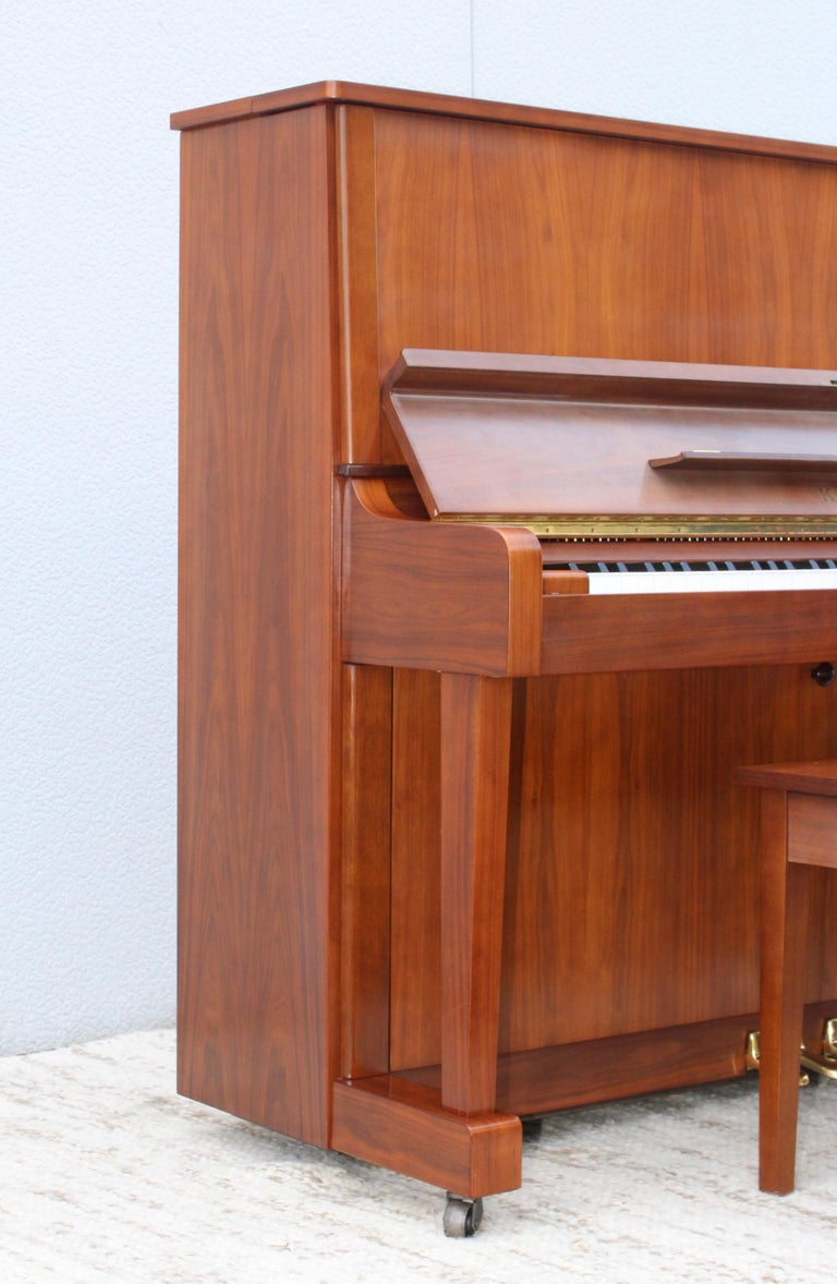 Mid-Century Modern Kawai Upright Piano In Good Condition For Sale In New York City, NY