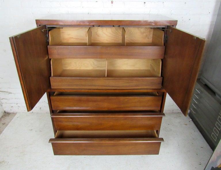 Mid-Century Modern Kent Coffey Dresser For Sale 3
