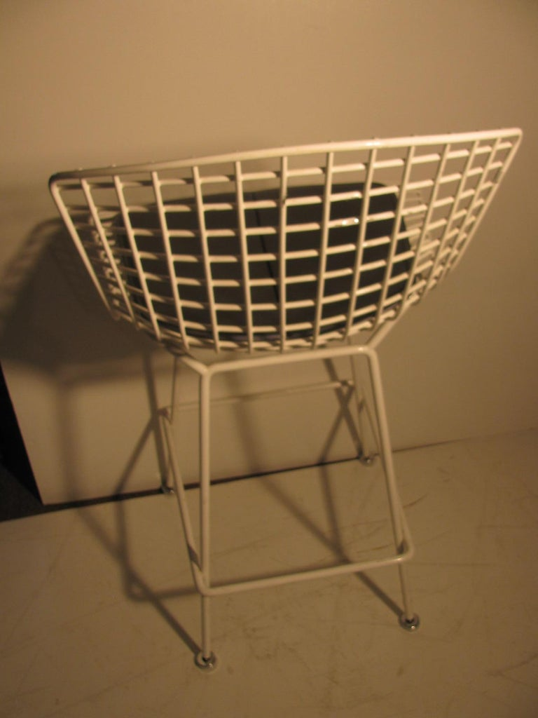 Welded Mid-Century Modern Knoll Bertoia Wire Bar Counter Stool For Sale